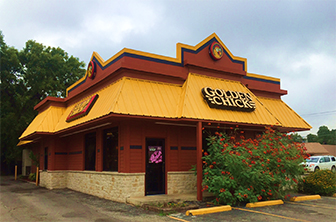 Golden Chick storefront.  Your local Golden Chick fast food restaurant in Uvalde, Texas
