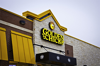 Golden Chick storefront.  Your local Golden Chick fast food restaurant in Helotes, Texas