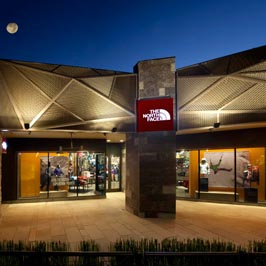 The Village At Corte Madera >> The North Face Store At 1602 Redwood Highway Corte Madera Ca