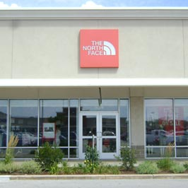 59a7c984b The North Face® Store at 11601 108th St.