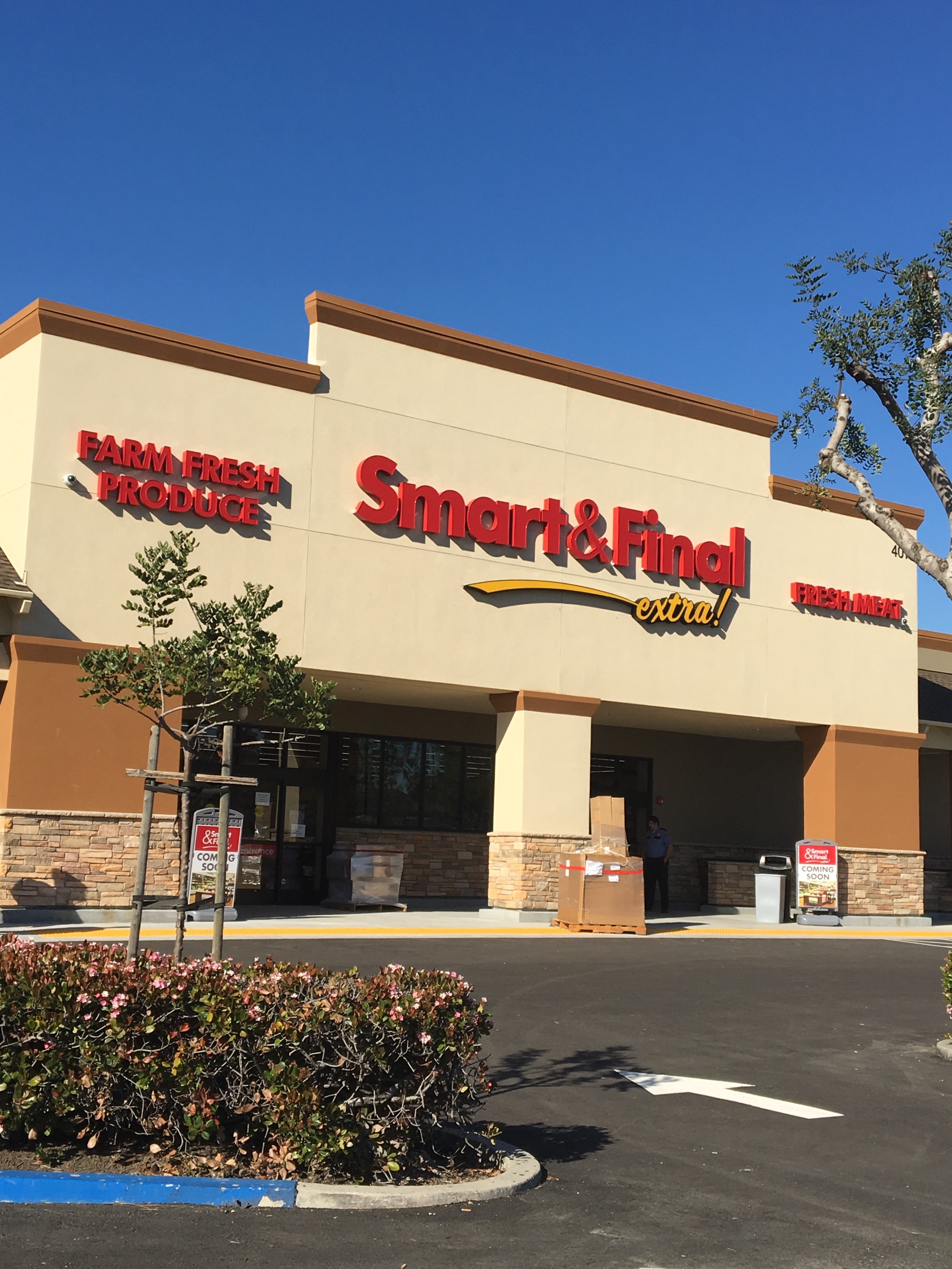 Smart & Final Store Front - Grocery Store in Milpitas, CA