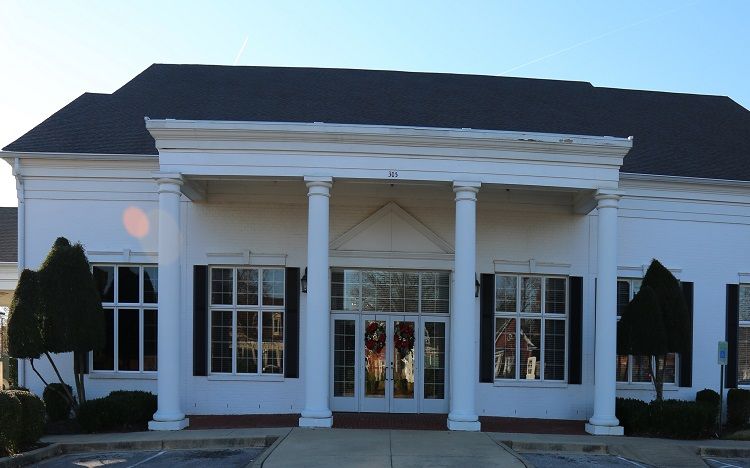 Trustmark storefront. Your local Banking services in Collierville, Tn.