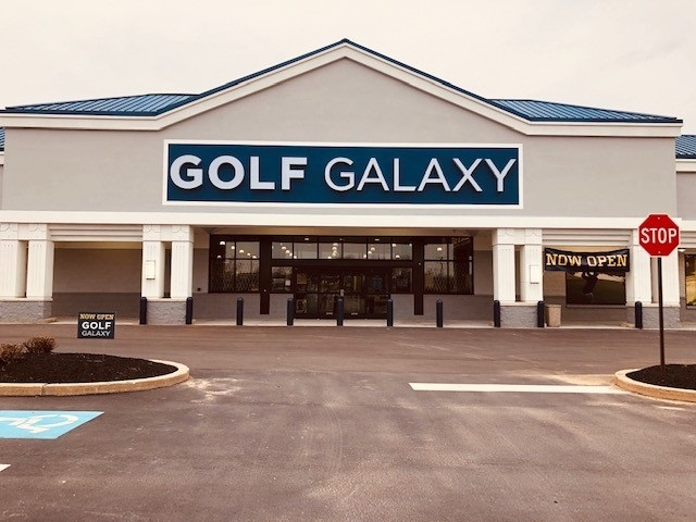 Golf Galaxy storefront. Your local sporting goods supply store in Berwyn, PA | 3122