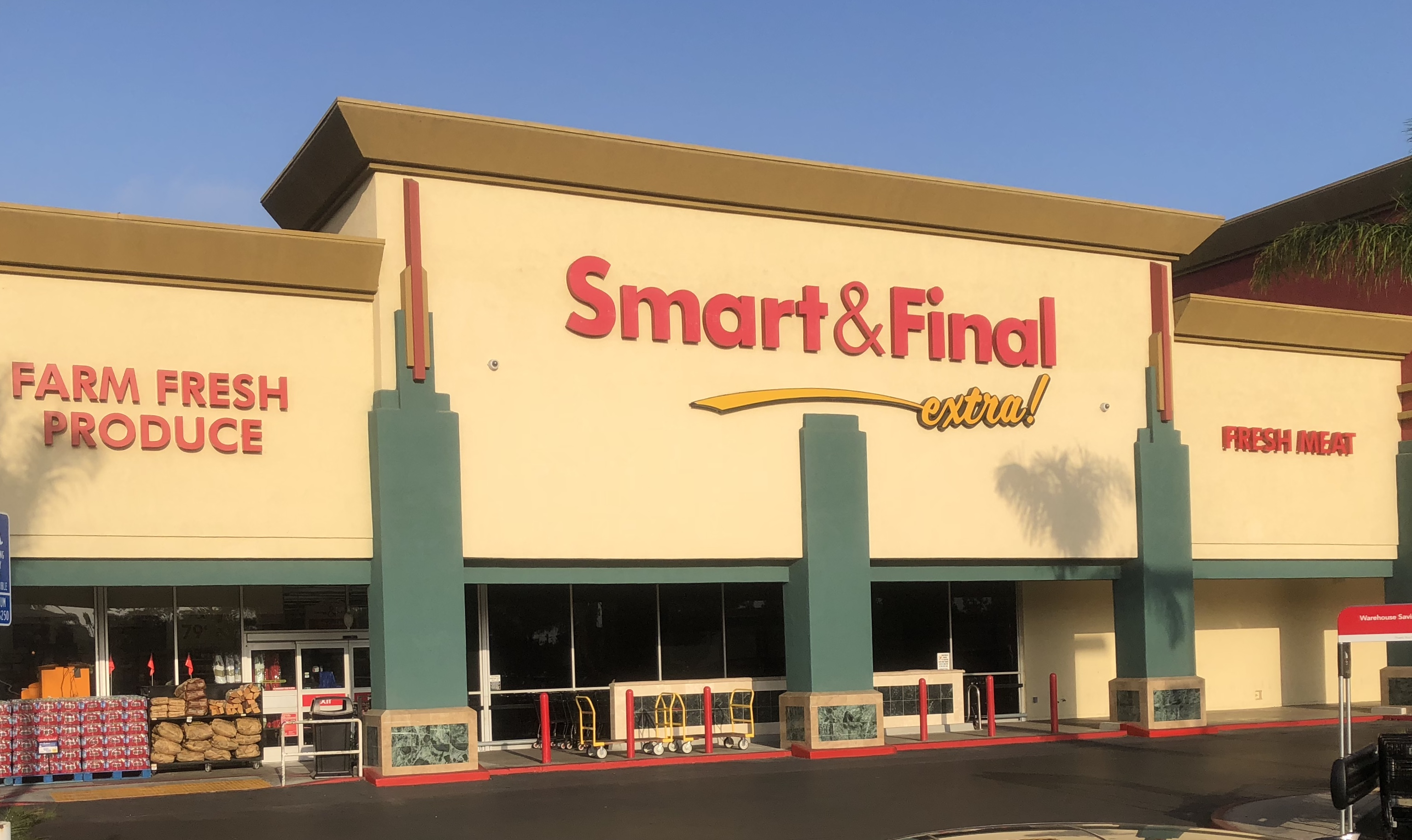 Smart & Final Store Front - Grocery Store in Escondido, CA